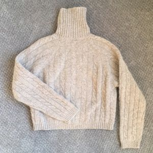 Tops - Wool turtleneck cropped sweater